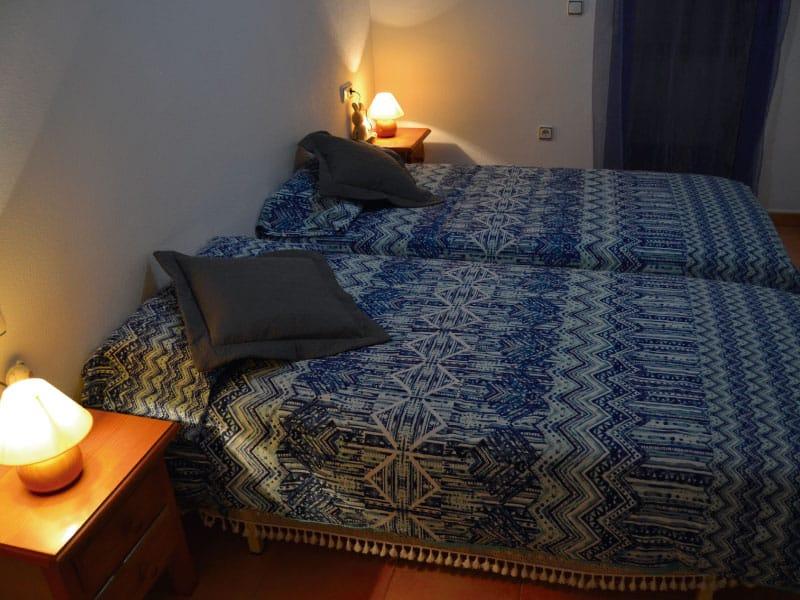 Second bedroom with closed balcony door