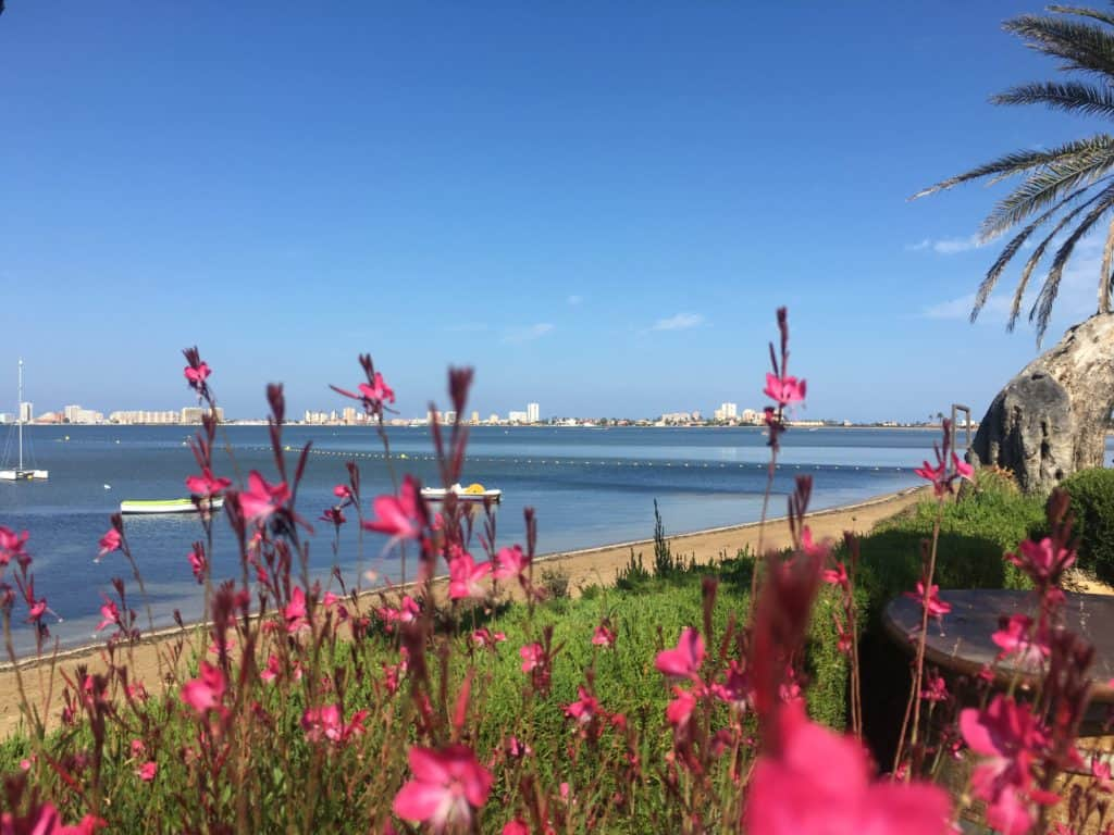 Mirando hacia La Manga desde Playa Honda