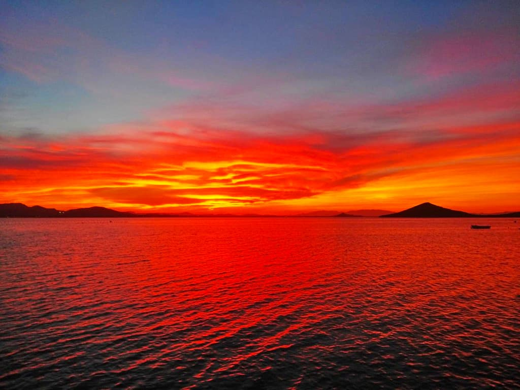 Cielo rojo en Playa Honda