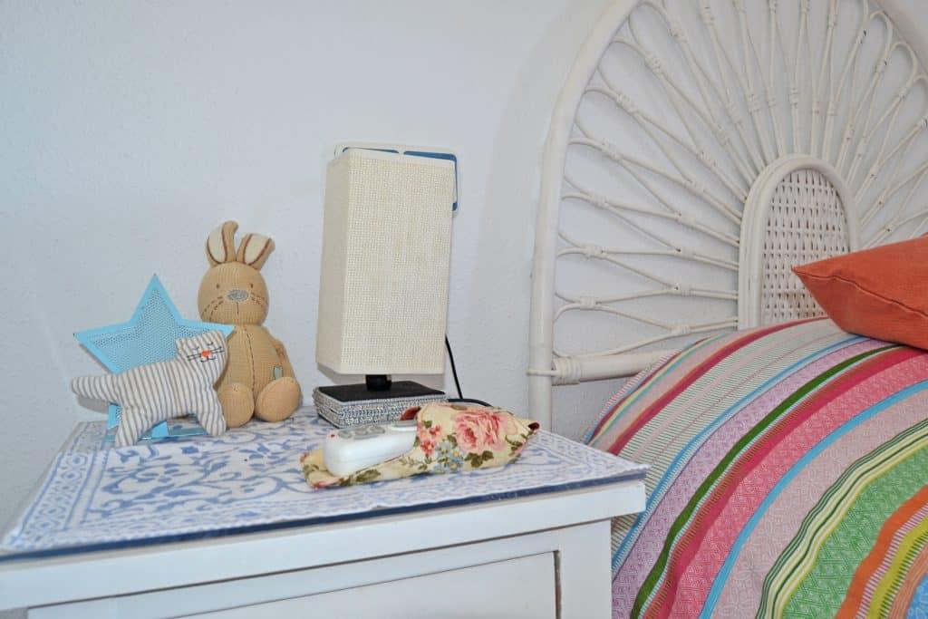 Mesitas de noche en el segundo dormitorio